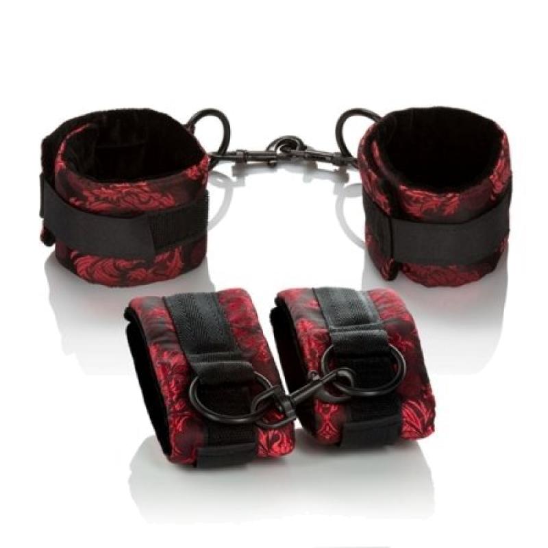 2 пары наручников, Scandal