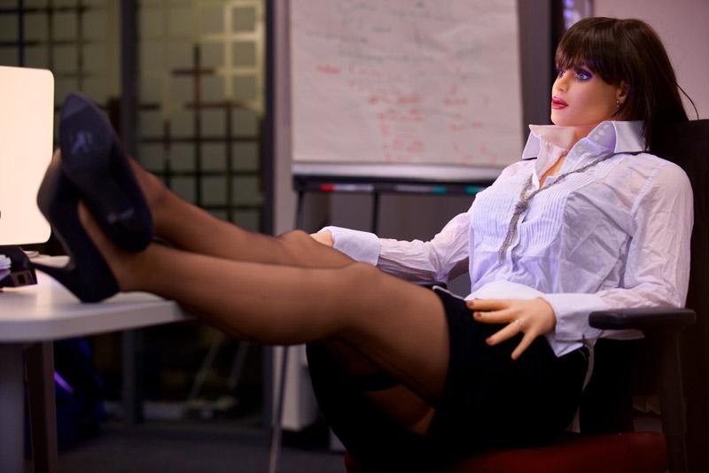 Секс в офисе с таней